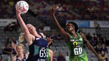 Melbourne's Caitlin Thwaites wins the ball.