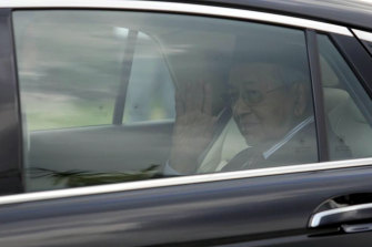 Prime Minister Mahathir Mohamad leaves after meeting with King Sultan Abdullah Sultan Ahmad Shah at the National Palace in Kuala Lumpur on Monday.
