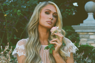 Heiress Paris Hilton's documentary This is Paris will be released on YouTube.