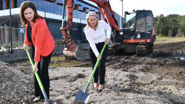 Premier Annastacia Palaszczuk and State Development Minister Kate Jones at the Lytton site of the new Amazon warehouse.