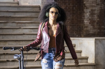 Queen Sono (Pearl Thusi), a glamorous and deadly agent for a mysterious South African spy agency.