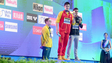 Mack Horton protests against Sun Yang's 400m freestyle win.