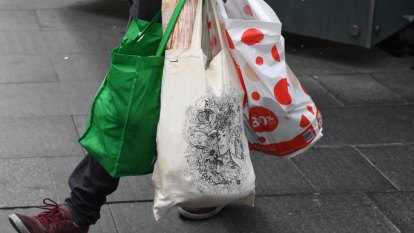 1.5 billion fewer plastic bags in environment since ban, retailers say