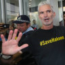 Former Socceroo Craig Foster joins fight to let Tamil family stay