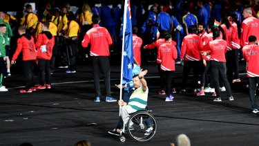 Australian flag bearer Kurt Fearnley was disappointed the athletes entry during the Commonwealth Games closing ceremony was not broadcast.