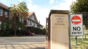 Inner city selective school Sydney Girls High School will be closed on Monday after a student tested positive to COVID-19.