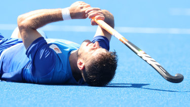 Robbert Kemperman reacts after missing a penalty shot during the shootout for the Dutch.
