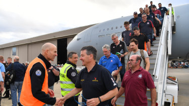 Image result for firefighters returning home to victoria after helping with fires