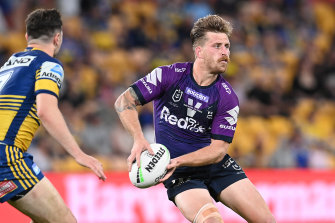 Cameron Munster's troublesome knee could be a concern for the Storm heading into the grand final qualifier.