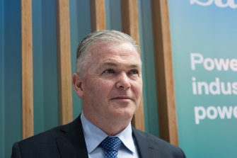 Santos chief executive Kevin Gallagher has committed to stay at the company to deliver growth projects.