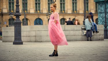 The ''Molly Goddard moment'':  Jodie Comer in one of Killing Eve's defining fashion scenes.