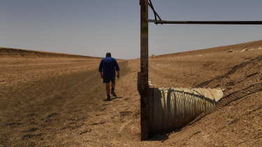 A cotton farm near Bourke on the Barwon-Darling in north-west NSW endures dry times.