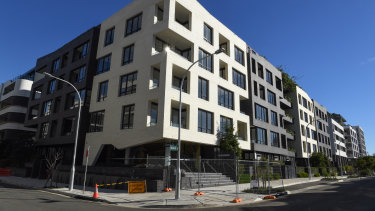 The Sugarcube apartment building development in Erskineville has been delayed.