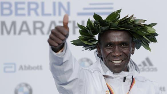 Kenyan marathoner defies logic to push limits of human physiology
