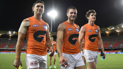 Giants earn their place in the eight, Bombers blow their chance