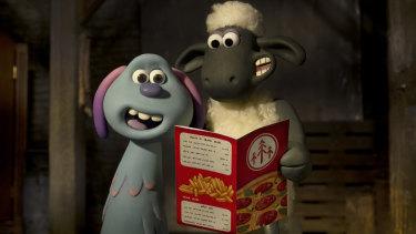 Lost alien Lu-La and Shaun the Sheep bond over - what else? - pizza in the film Farmageddon.