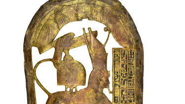 Shield decorated with sphinx.