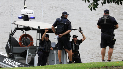 Man drowns in Gold Coast river near boat he lived on