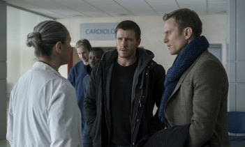 Patrick Heusinger as Nick Durand and Neil Jackson as Jack Byrne in Absentia.