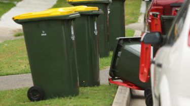 New waste industry jobs are on the Queensland government's agenda.