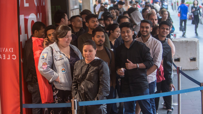 Boxing Day Sales Sydney Wide Bargain Hunters Flock Before