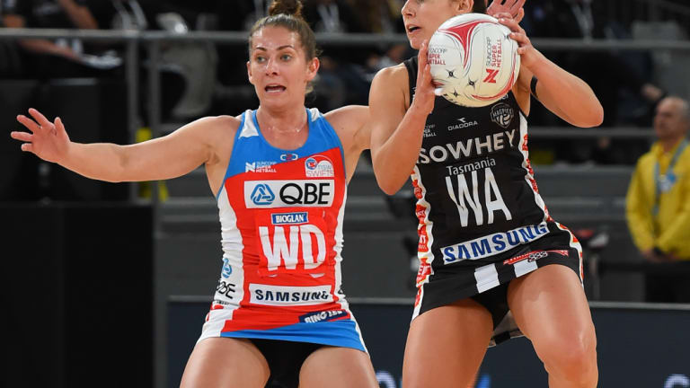 Experienced Swift: Abbey McCulloch in action against Collingwood.