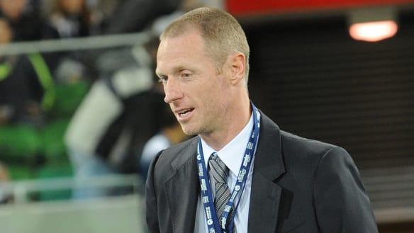 Ex-Socceroo Craig Moore quits embattled Brisbane Roar