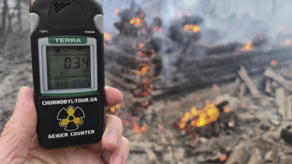 Firefighters battle forest blazes in Chernobyl exclusion zone