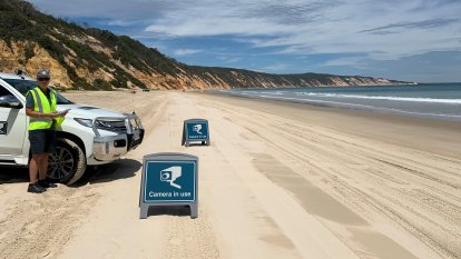 Number plates to be photographed on Fraser Island as part of bushfire strategy