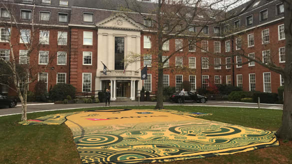 Giant Indigenous jersey plonked in front garden of Wallabies' hotel