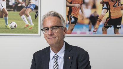David Gallop to join Tabcorp as betting shop eyes sports broadcasting rights