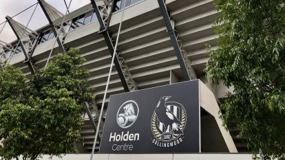 Over 60s to stay away, AFL season not under threat after Collingwood staffer tests positive