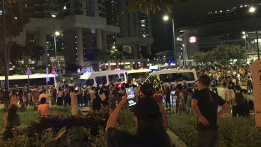 Hundreds of angry residents came down from apartments around the Tung Chung MTR to shout abuse at riot police.