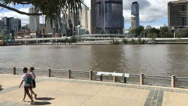 The Clem Jones Promenade along the river edge of South Bank Parklands.