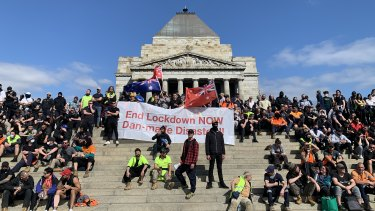 Protesters want to leave the Shrine of Remembrance the way they came.