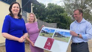 """Premier Annastacia Palaszczuk, then-candidate for Pumicestone Ali King and Deputy Premier Steven Miles announce a series of """"satellite hospitals"""" on Bribie Island during the 2020 state election."""
