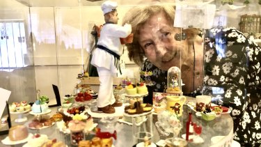 Shirley Putnin's creations may be small, but her world is overflowing with miniatures.