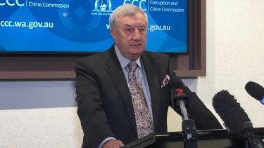 Corruption and Crime Commissioner John McKechnie will consider quitting if Parliament investigates him for contempt.