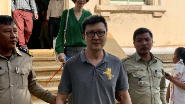 Australian missionary Martin Chan, with his wife Deborah Kim, is released on bail in Phnom Penh, Cambodia earlier this month.