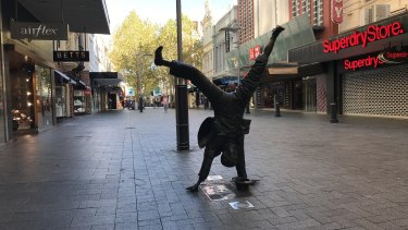 Perth CBD deserted as tough new social distancing rules take effect