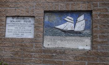 The RAHS Benjamin Boyd plaque on Ben Boyd Road, Neutral Bay.