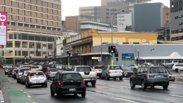 At 8am on weekdays the average speed along Stanley Street from The Gabba to Lady Cilento in 2017 was 21km/h.