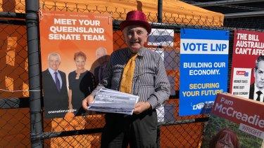 "One Nation volunteer John MacDonnell tells voters the Lockyer Valley is Pauline Hanson's ""home territory""."