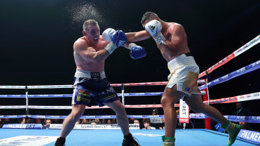 A 'thoroughly outclassed' Paul Gallen takes more punishment from Justis Huni.