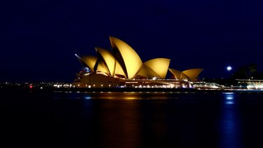 Australia S Best Known Building Now Worth 6 2 Billion