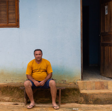 "Livaldo ""Ico"" Marcelino, from Paracatu de Baixo, has suffered palpitations and swelling in his legs since losing his pastures and his community in the Samarco disaster. He says doctors can't work out what's wrong with him."