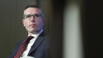 NSW calls on other states to back recession-busting GST plan