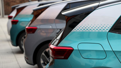 'Green is good': Mandate to compel British car industry to sell more electric vehicles