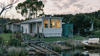 Sarah styled her dream holiday home on an $800 budget