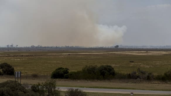 Little River bushfire under control but smoke could linger